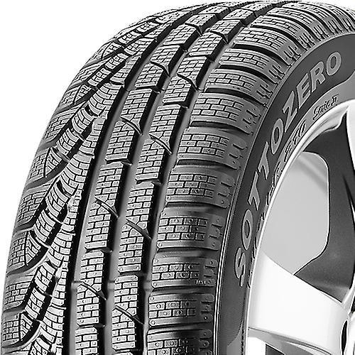 Vinterdäck Pirelli W 210 SottoZero S2 runflat ( 255/40 R18 95H , runflat )