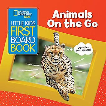 Animals On the Go (Little Kids First Board Book) (Little Kids First Board Book) [Board book]