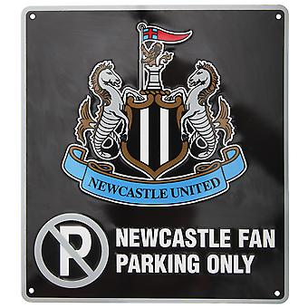 Newcastle United FC Official Metal Football Crest No Parking Sign