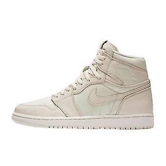Nike Air Jordan 1 Retro High OG 555088 801 Mens Trainer