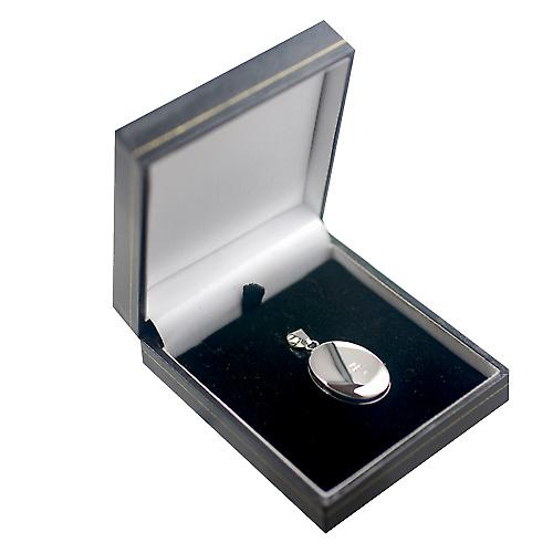18ct White Gold 25x19mm plain oval Locket
