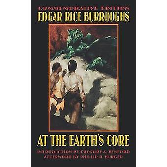 O núcleo de terras por Burroughs & Edgar Rice