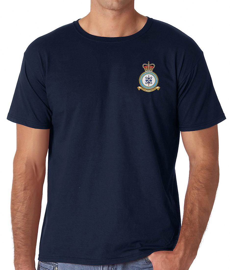 Leuchars RAF Station broderad Logo - officiell Royal Air Force ringspunnen bomull T Shirt