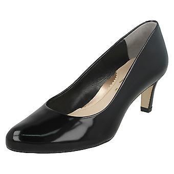 Ladies Van Dal Court Shoe Lowe