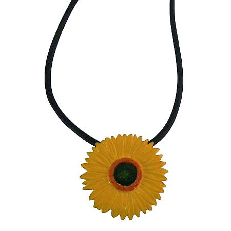 Gorgeous Fashion Yellow & Black Sunflower Girlfriend Pendant Necklace