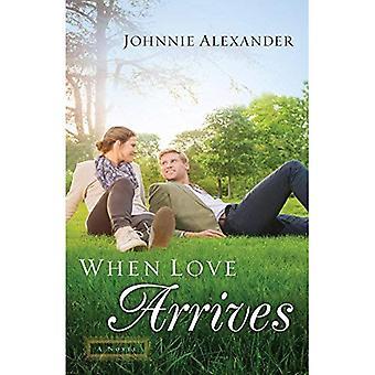When Love Arrives: A Novel (Misty Willow)