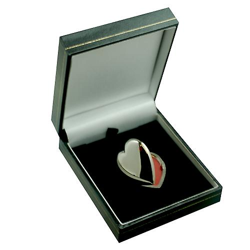 9ct White Gold 30x28mm plain heart shaped Locket