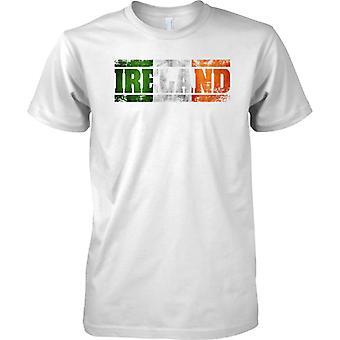 Bandera de nombre de país de Irlanda Grunge efecto - tricolor irlandés - para hombre T Shirt
