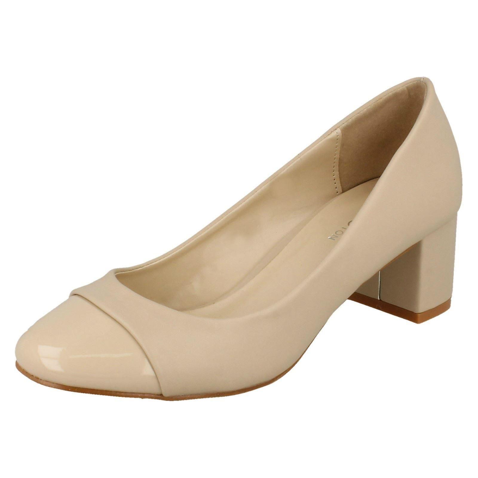 Damen-Punkt auf Mitte Ferse Gericht Schuhe F9990
