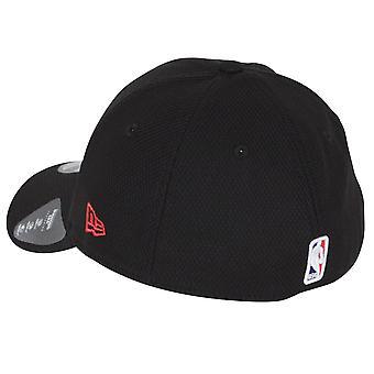 New Era Diamond Era 39Thirty Cap ~ Chicago Bulls