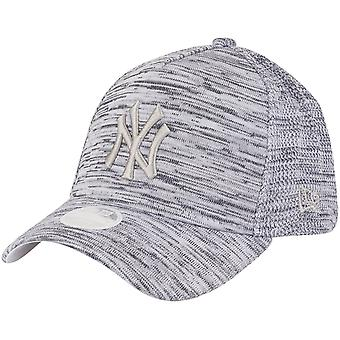 New Era Women's Trucker Engineered Fit Cap-NY Yankees Grey