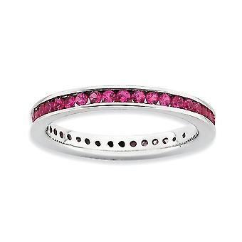 2,5 mm Sterling Silver kanal inställd rodium-plated stapelbar uttryck polerad skapad Ruby Ring - Ring storlek: 5 till 10