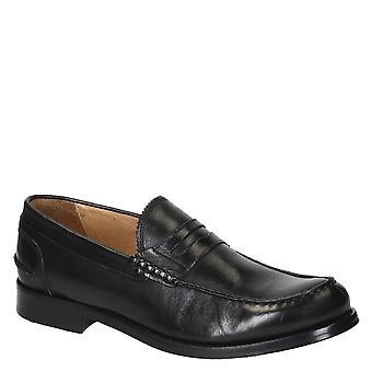 Mäns penny loafers i svart kalvskinn tillverkad i Italien