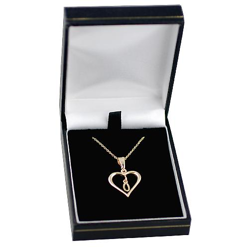 9ct Gold 18x18mm initial O in a heart with Cable link chain