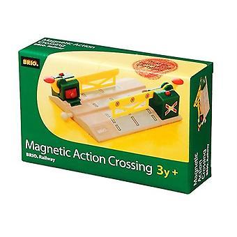 Brio 33750 Magnetic Action Crossing