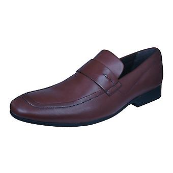 Kickers Rynlyn Mens formelle en cuir Slip On chaussures / mocassins - marron