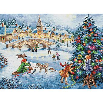 Gold Collection Winter Celebration Counted Cross Stitch Kit 16