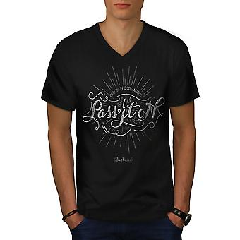 Pass It On Männer BlackV-Neck T-shirt | Wellcoda