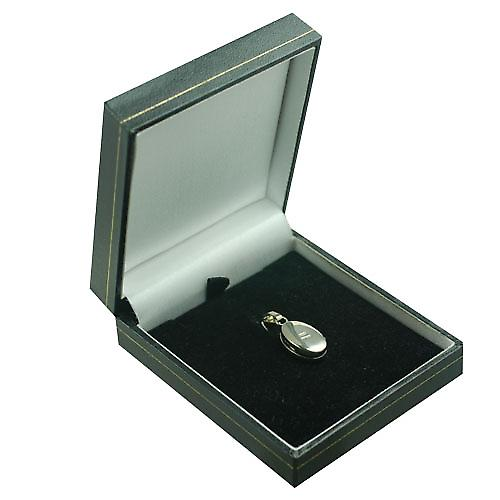 18ct White Gold 18x11mm plain oval Locket