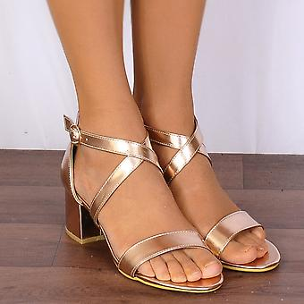 Shoe Closet Ladies Rose Gold Barely There Low Heeled Peep Toes Strappy Sandals