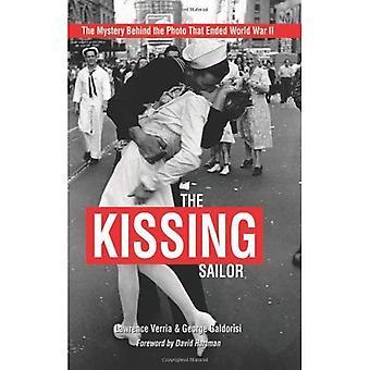 Il marinaio che bacio: Il mistero dietro l'immagine che si è conclusa la seconda guerra mondiale