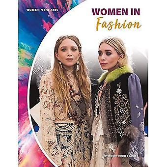 Women in Fashion (Women in� the Arts)