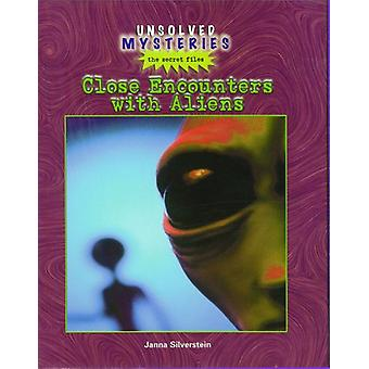Close Encounters with Aliens by Janna Silverstein - 9780823935628 Book