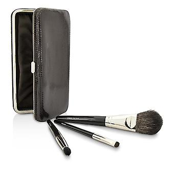 Laura Mercier Travel Brush Kit: 1x Cheek Colour Brush, 1x Smudge Brush, 1x Eye Crease Brush, 1x Case (Unboxed) 3pcs+1case