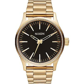 Nixon Sentry Quartz Analog Woman Watch with A4501604 Stainless Steel Bracelet