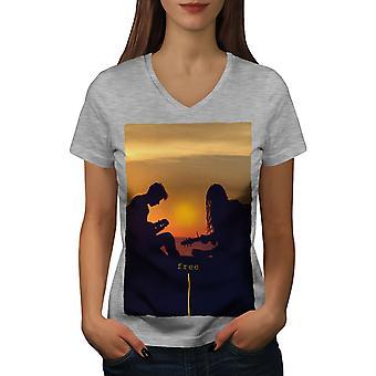 Free Sun Set Sea Women GreyV-Neck T-shirt   Wellcoda