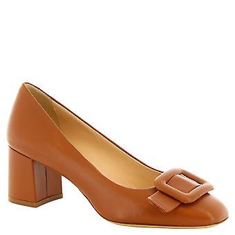 Leonardo skor kvinnors handgjord fyrkantig toe pumpar i brunt kalvskinn