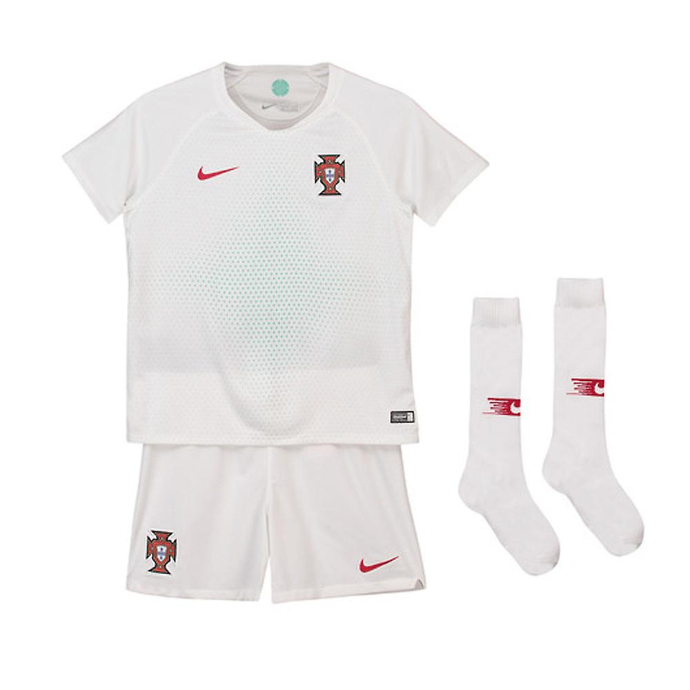 2018-2019 Portugal Nike Away Mini Kit