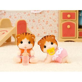 Sylvanian Families 5292 Maple Cat Twins Figure Set