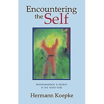 Rencontrer le soi: Transformation et destin dans la neuvième année