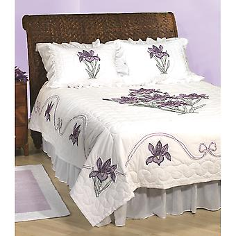 Stamped White Quilt Top Iris 770 274