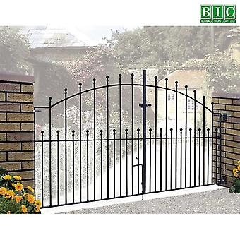 Manor Ball Top 2.4-3m Double Metal Driveway Gates