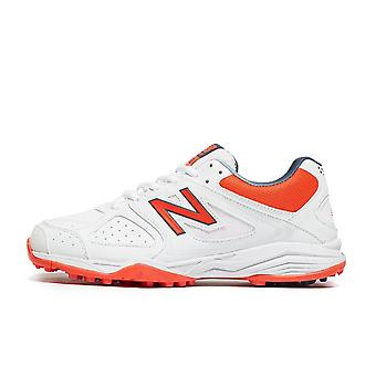 New Balance 4020 Junior Cricket Shoes