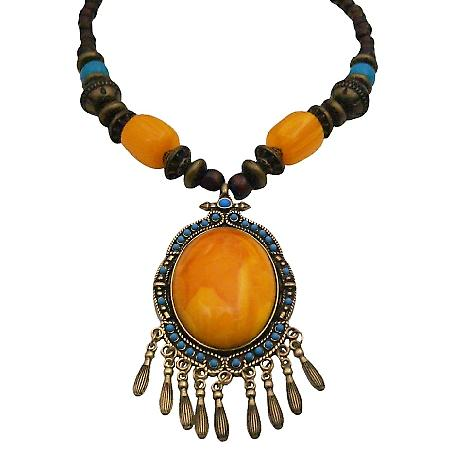 Yellow Stone Pendant Necklace Inexpensive But Stylish Necklace