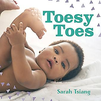 Toesy Toes [Board book]