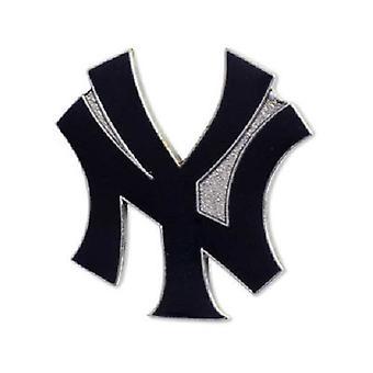 New York Yankees MLB Logo Pin