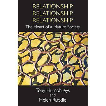Relation-relation-förhållande-hjärtat i en mogen soc