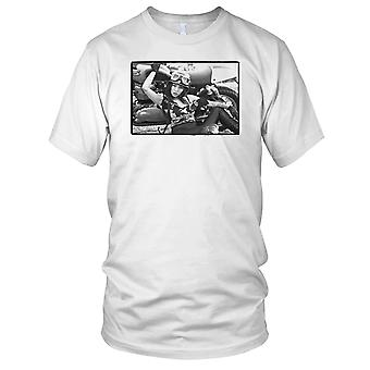 Sexy meisje helm motorfiets Biker Mens T Shirt