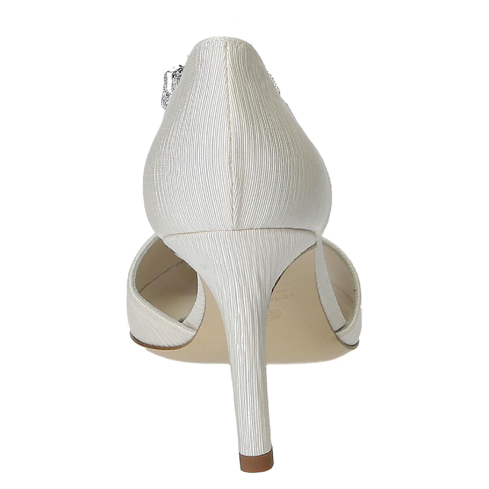Italian wedding Chaussure s for bride in in bride ivory satin c43f86