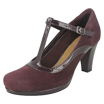 Ladies Clarks Court Heel Shoes Chorus Pitch