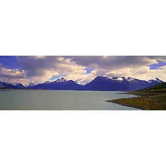 パルケ ナシオナル ラス ・ グラシアレス エル カラファテ パタゴニア アルゼンチン ポスター印刷の近くの運河・ デ ・ Tempanos でペリト ・ モレノ氷河に近いパノラマ ビュー