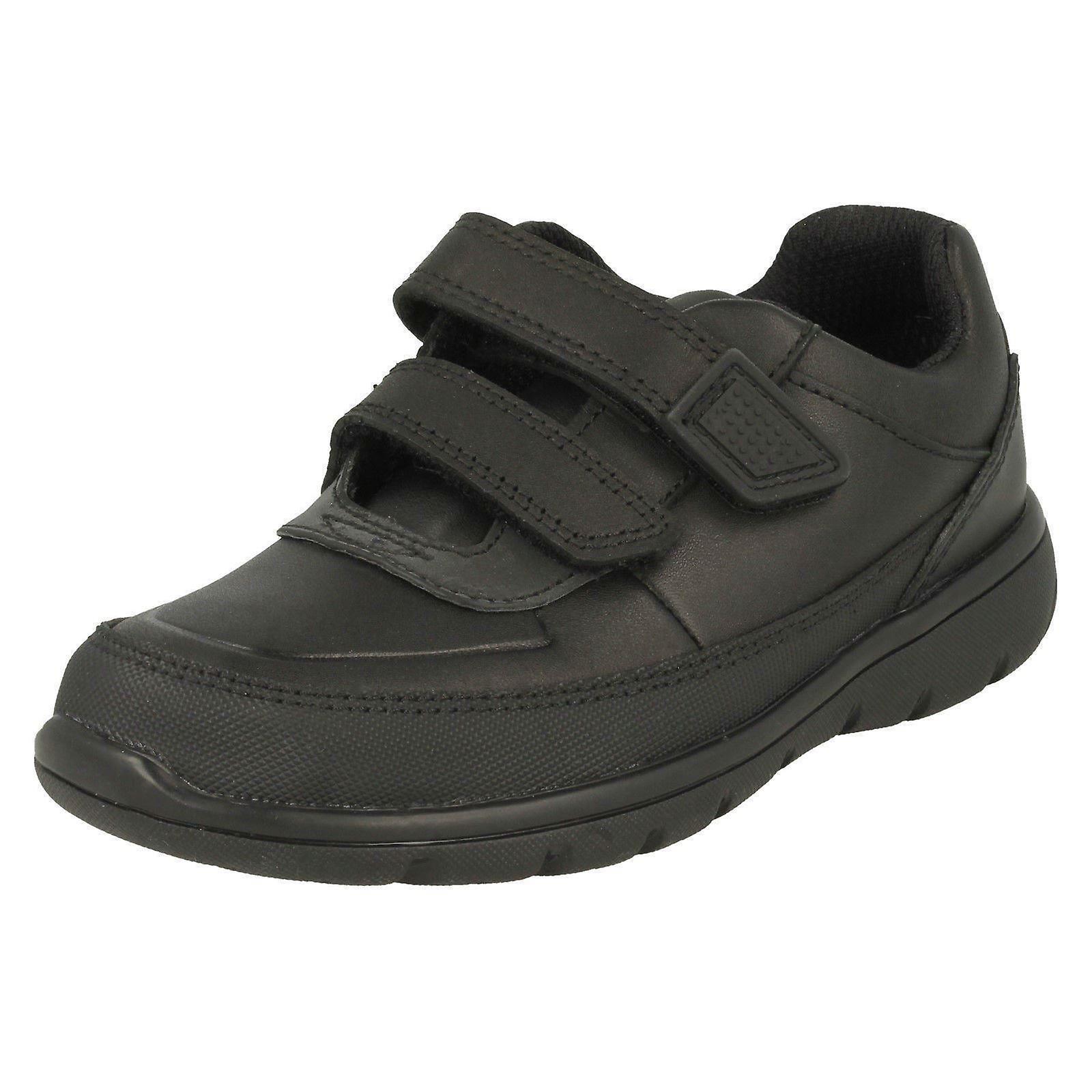 Garçons Clarks crochet & chaussures boucle école aventurent à pied