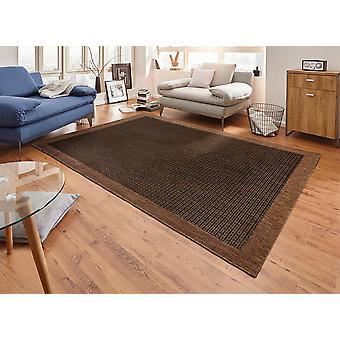 Tapis Design plat tissage simple avec sa garniture marron foncé