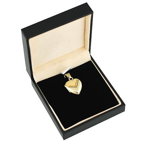 18ct Gold 17x16mm plain heart shaped Locket