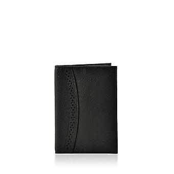 Lingmoor Leather Passport Cover in Black