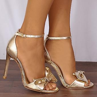Shoe Closet Ladies Becki-1 Gold Metallic Bows Barely There Strappy Sandals High Heels